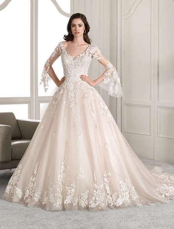 Vestido de Noiva Demetrios 824